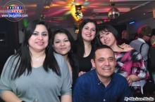 Francisco Ortiz festejando su cumpleaños, con bellas amigas de Toyota