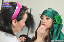 Modelo Camila Miyazaki acompañada de Makeup y producción Pauly Nakayama