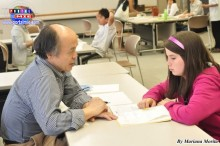 Clases de reforzamiento de japonés por voluntarios japoneses