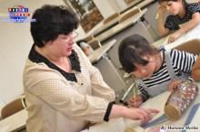 Líder de Pecla y profesora de español Esperanza Hirano