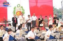 2013.07.28 Fiesta Patria Autoridades japonesas y peruanas acompañados de los organizadores y banda de música japonesa