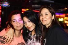 Luiza, Yuki y Maria disfrutando de la fiesta