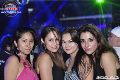 Bellas peruanas en Hamamatsu.
