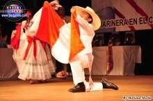 Un niño carismático y talentoso danzante