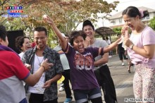 Una alegría contagiante por la comunidad filipina.