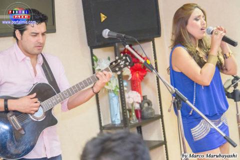 Nicolle Pillman junto a Santiago Farfán