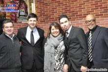 Douglas, Sandra y asistentes