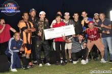 Equipo Campeón Homi FC,  recibiendo el premio de la empresa Kyodai.