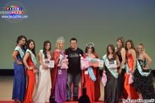 Ganadoras de Miss Mae y Miss Mamá Latina- El grande momento del día!.