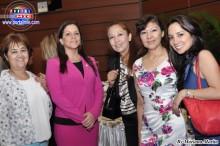 Vice Cónsul del Consulado del Perú en Nagoya, srta. Claudia Miranda acompañada de bellas damas peruanas.