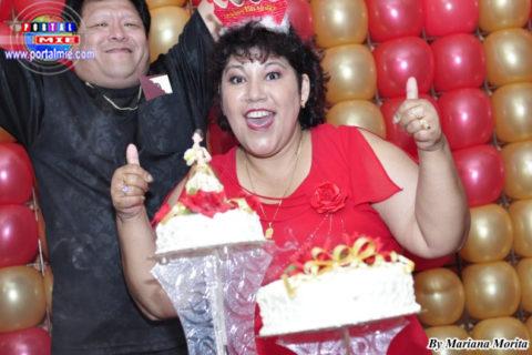 Maritza súper feliz celebrando sus 50 años!