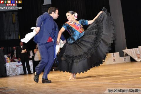 Campeón de Campeones Koky Beteta y Martha Riverti.