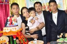 Familia Kuroiwa Casanova festejando los 2 añitos de Haruto