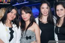 Bellas peruanas divirtiéndose en Skyline