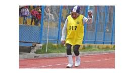 La energetica anciana que corrio la maraton mas alta del mundo