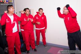 Director Técnico Oscar Ore alentando a la Selección Futsal Peruana Pro Salud Mental