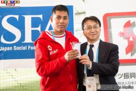 El peruano Eder Álvarez Navarro fue premiado como el mejor goleador del Campeotao