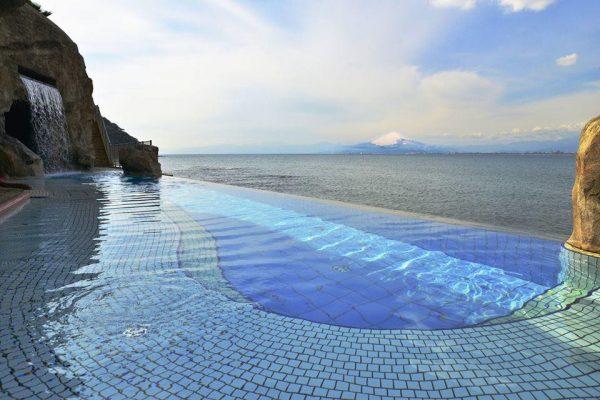 Enoshima Island Spa: invitación a un día refinado y elegante