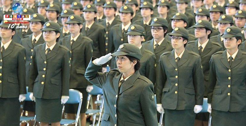 Japón planea doblar el número de mujeres en las Fuerzas de Autodefensa del país