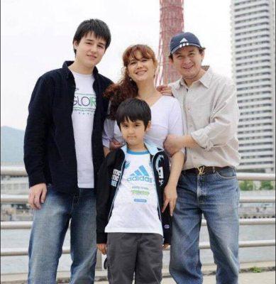 &nbspMadres equilibrando la vida entre la Familia, hogar y trabajo viviendo en Japón