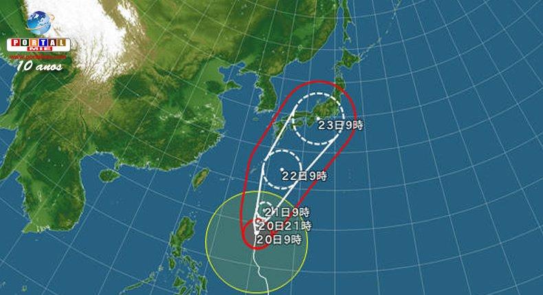 &nbspTifón Nº21 está intensificándose y sigue en dirección a Japón